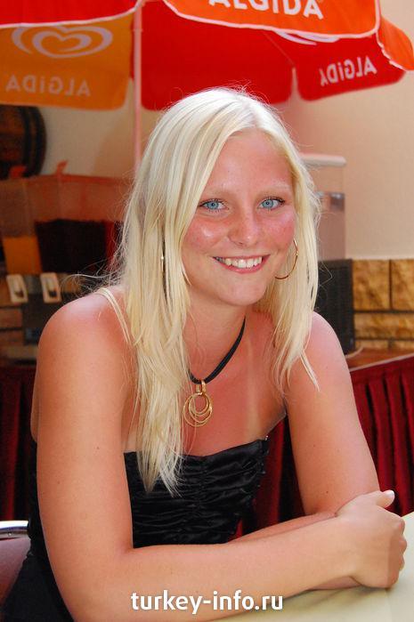 фото сабрина блонд