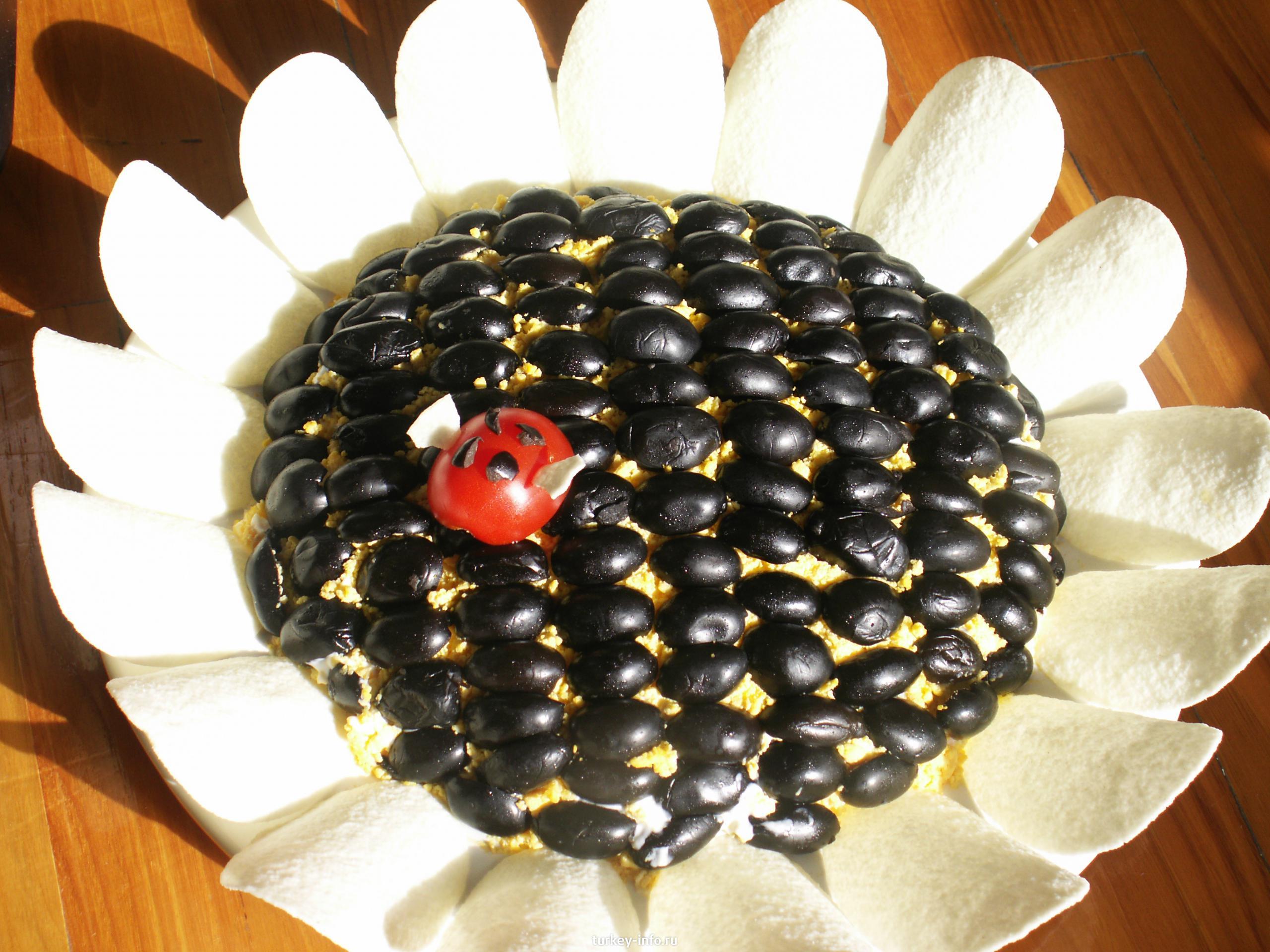 Салат подсолнух с чипсами рецепт 28 фотография